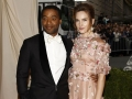Chiwetel-Ejiofor-and-actress-Sari-Mercer