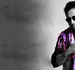 Mika Singh Slapping Doctor on Stage in Delhi